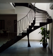 Escalier-tournant-metal-double-limon-2